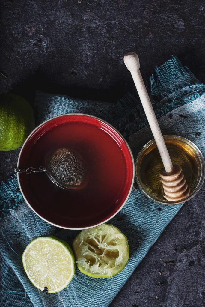unsplash, propiedades té, propiedades rooibos, diferencia entre té e infusiones, beneficios té